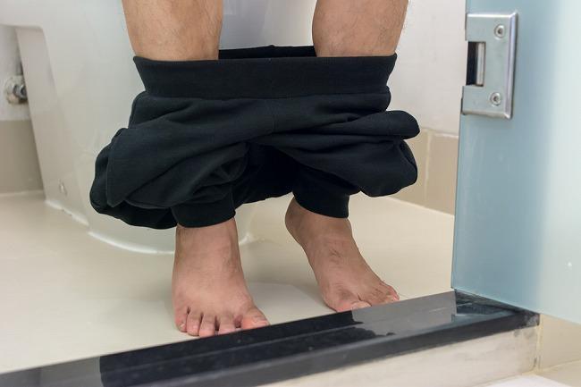 海外赴任先の衛生面&トイレ事情が気になる!・・・ので、アンダーヘア脱毛をする男性、増加中